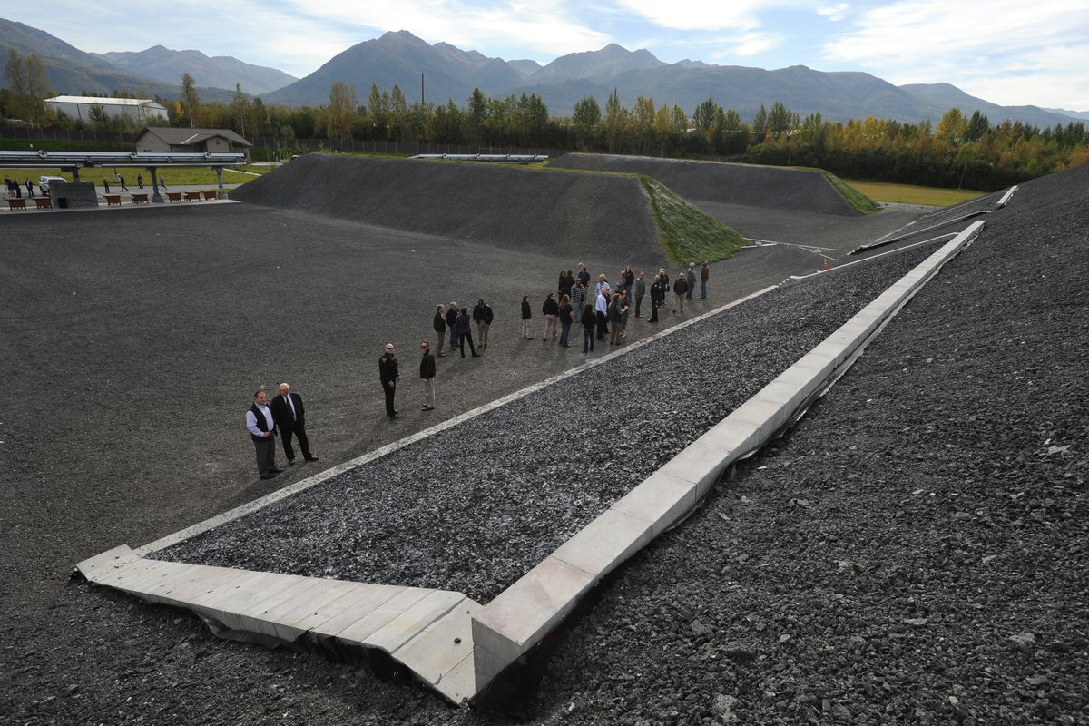 Gueststour the new Anchorage Police Department shooting range in Birchwood on Wednesday, Sept. 12, 2018, during a grand opening and naming ceremony honoring retired APD Sgt. Ted Smith, who died in an airplane crash in 2013. (Bill Roth / ADN)