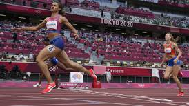 World classic: Sydney McLaughlin outruns Dalilah Muhammad for 400-meter hurdles gold