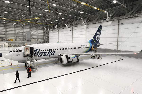 Alaska Airlines Boeing 737-700 is parked inside the new Alaska Airlines Maintenance and Engineering Facility and Hangar located at 3600 Old International Road at the Ted Stevens Anchorage International Airport on Wednesday, Nov. 7, 2018. (Bill Roth / ADN)
