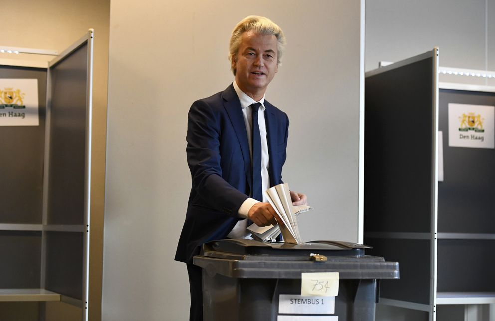 Dutch far-right politician Geert Wilders of the PVV party votes in the general election in The Hague. (Dylan Martinez / Reuters)