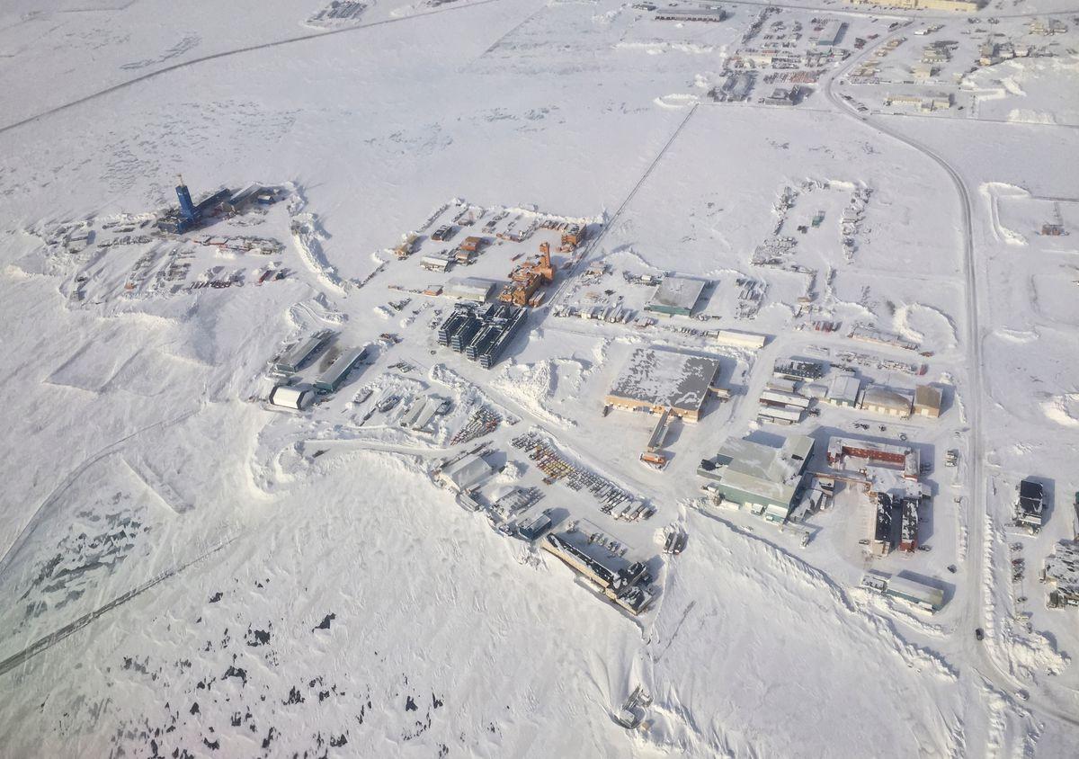 An aerial view of Deadhorse, Alaska in 2016. (Marc Lester / ADN)