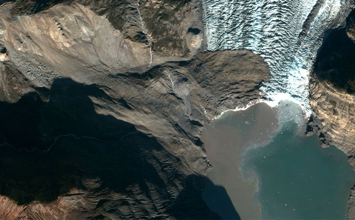 A 200 million-ton landslide landed on the toe of Tyndall Glacier and in the water of Taan Fiord on Oct. 17, 2015, Icy Bay, Alaska. It was detected by seismologists on the other side of the country. (NSF Polar Geospatial Center)