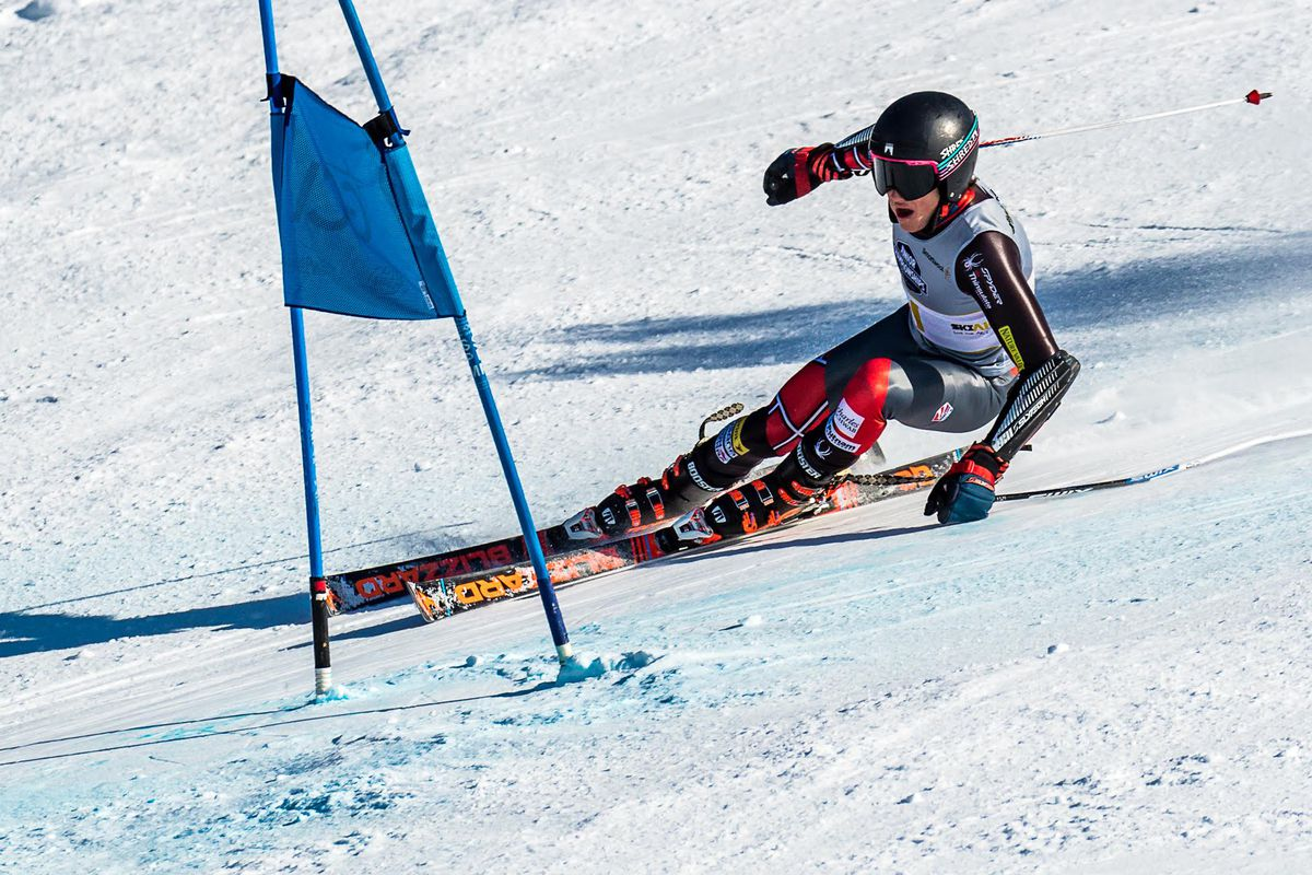 Ryder Sarchett, racing for the Intermountain Division, decisively won the Western Region U16 Championship boys giant slalom Thursday on Alyeska''s Waterfall course. (Photo by Bob Eastaugh)