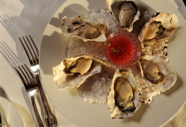 Pacific Northwest Oysters at the Crow's Nest Restaurant. (Bob Hallinen / ADN archive 2010)