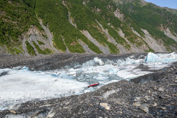 A glacier tour guide spotted an abandoned inflatable canoe at the toe of Valdez Glacier shortly before finding three German tourists dead nearby on July 30, 2019. (Photo by Zach Sheldon)