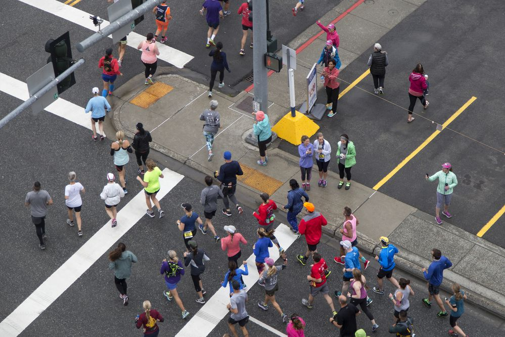 Runners participate in Anchorage RunFest Sunday, August 20, 2017. (Rugile Kaladyte / Alaska Dispatch News)
