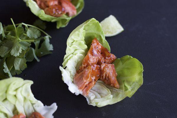 Honey Sriracha salmon lettuce wraps