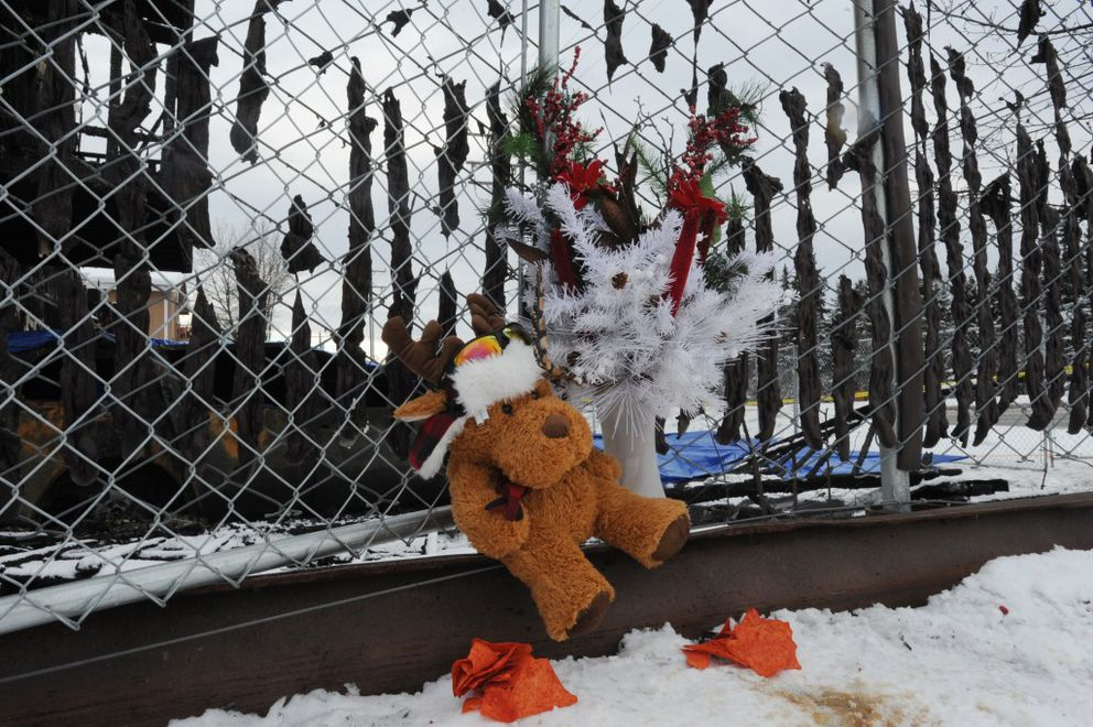Memorial for the Royal Suite Apartments fire victims on Thursday, Feb. 16, 2017. (Bill Roth / Alaska Dispatch News)