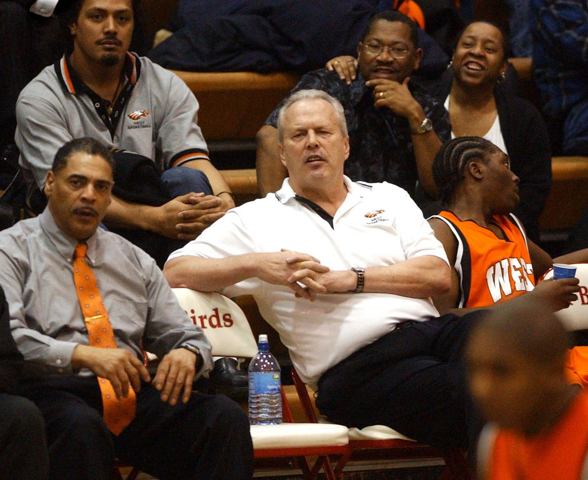 2/15/05 050215 West defeats East basketball, Chuck White wins 800th game (Erik Hill/Anchorage Daily News)