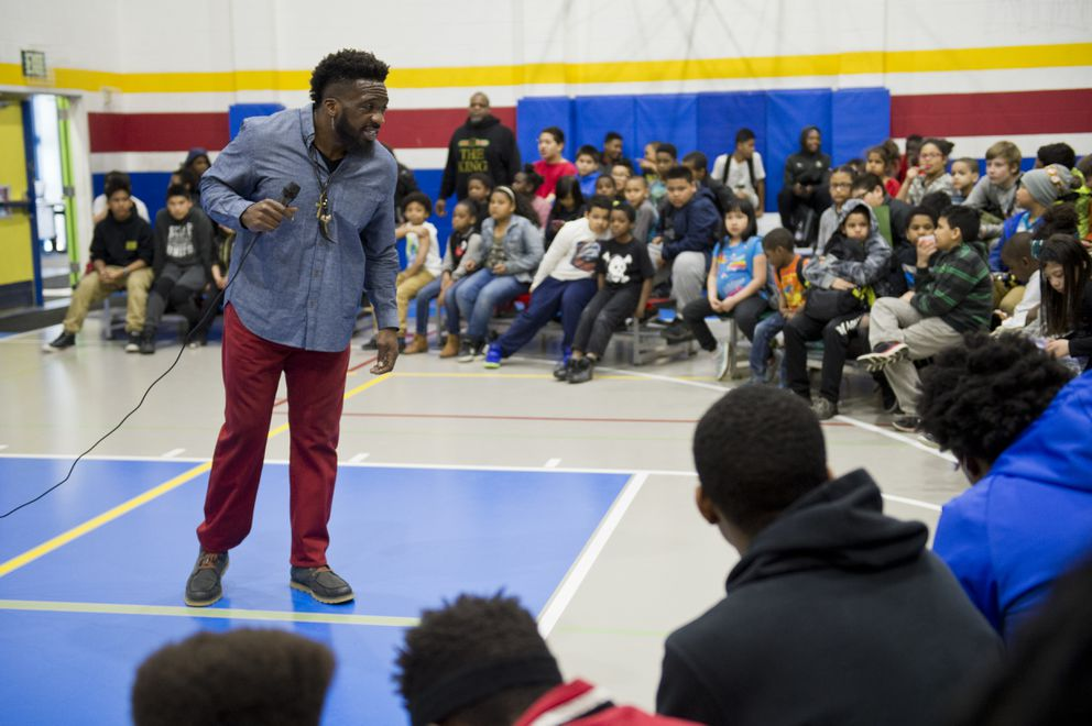 Travis Love visited the Mountain View Boys & Girls Club on April 13, 2018. (Marc Lester / ADN)