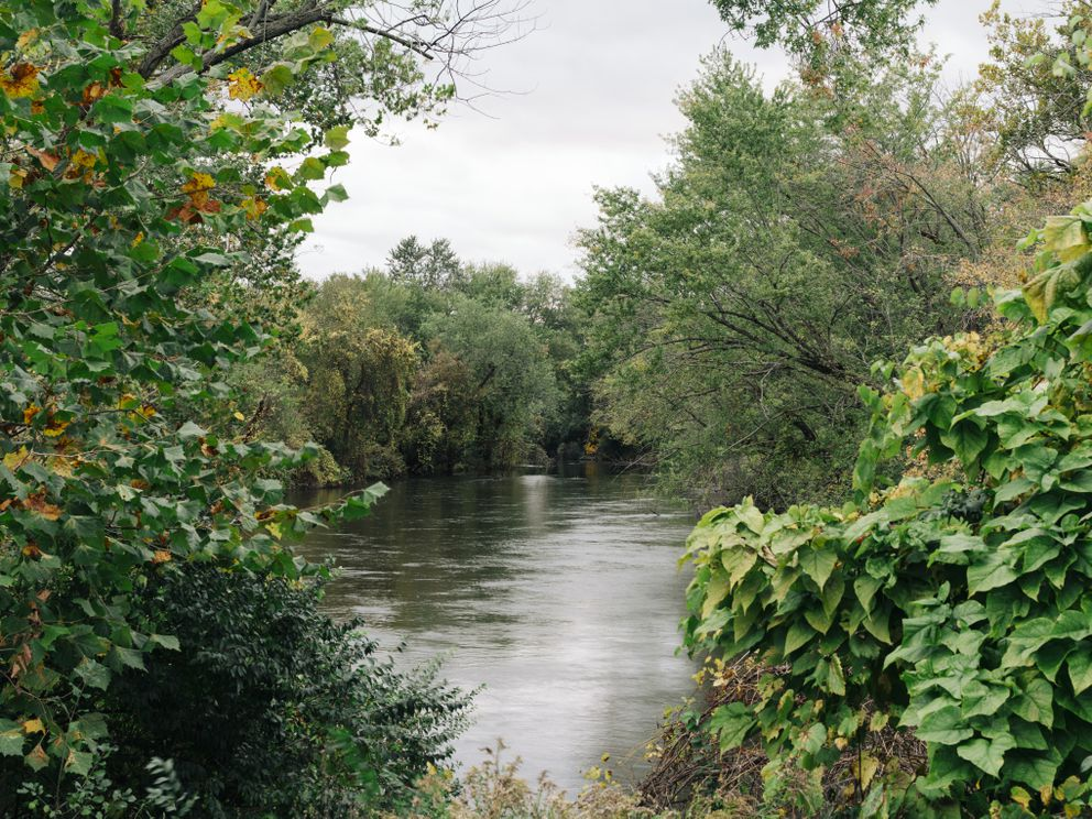 A view of the Kalamazoo River as it flows through Parchment, Mich. (Photo for The Washington Post by David Kasnic)