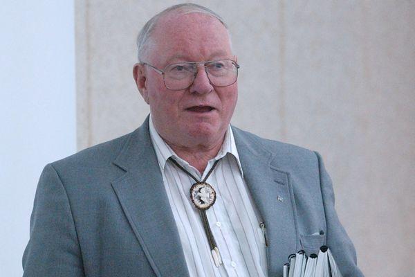 Henry Springer of Knik Arm Bridge and Toll Authority, April 23, 2004. (Erik Hill / ADN Archive 2004)