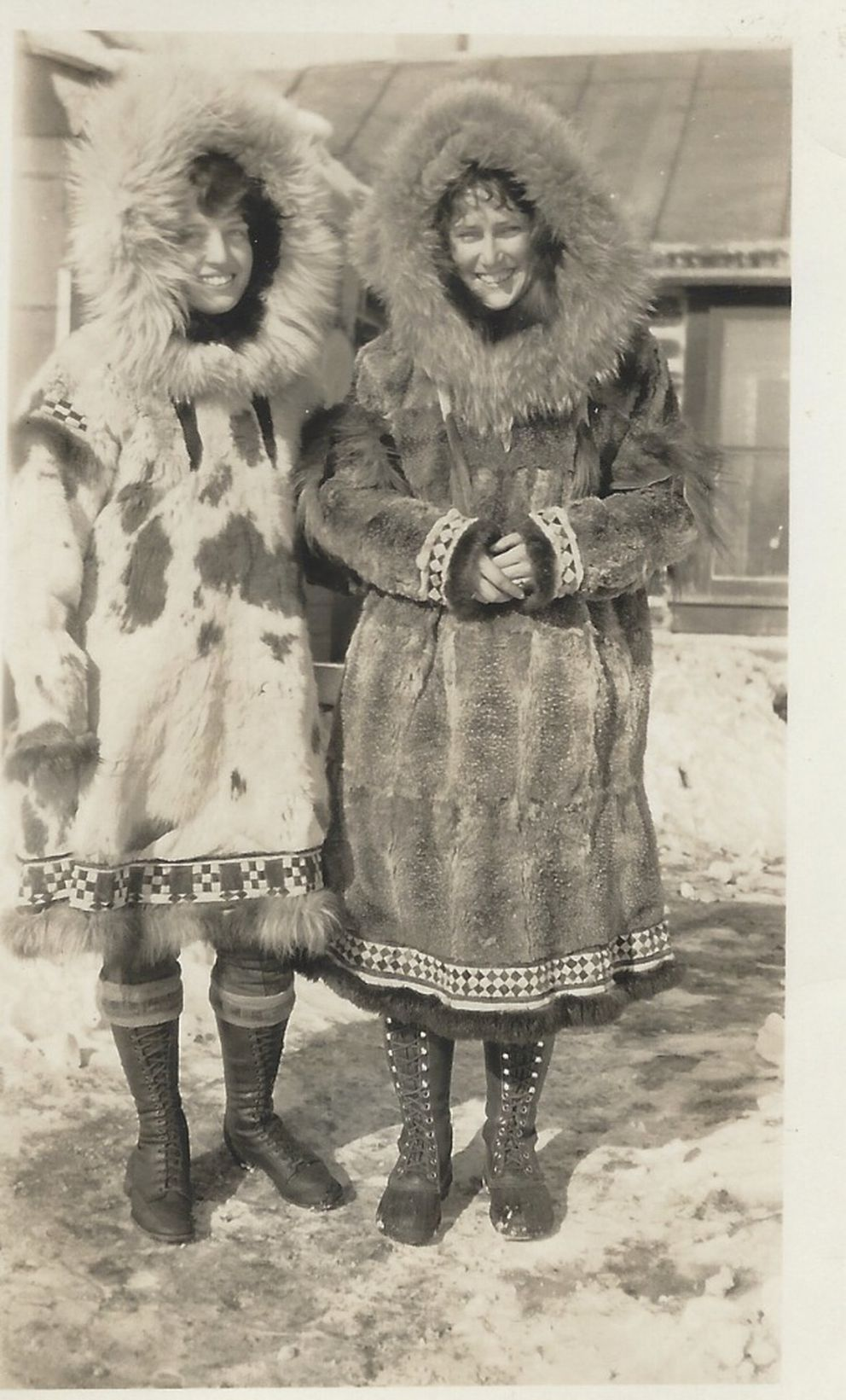 Marvel Crosson (right) and Lily Osborne, Fairbanks, 1928. (Courtesy of the Crosson family)