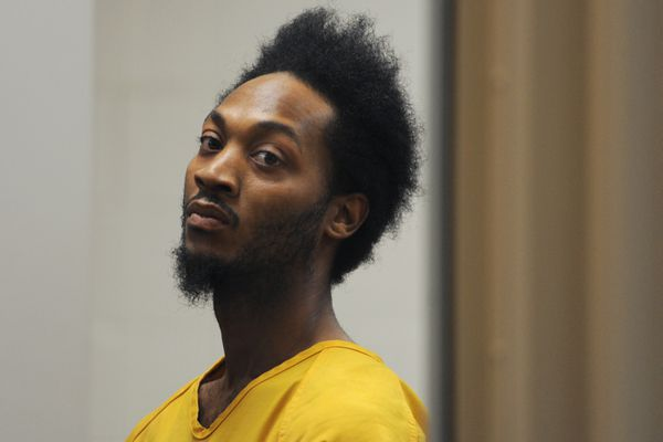 Laquinton Robbins was arraigned in the Anchorage Correctional Complex courtroom on Thursday, Oct. 4, 2018, on first-degree assault and fourth-degree misconduct involving charges after the shooting outside Denali Montessori School on Wednesday morning. (Bill Roth / ADN)