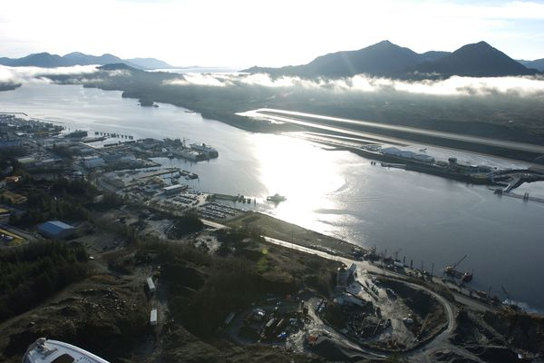 A proposed bridge would connect Ketchikan to Gravina Island, where the airport is located at top right, as seen in this aerial view, December 16, 2005. (Marc Lester/Anchorage Daily News/MCT)