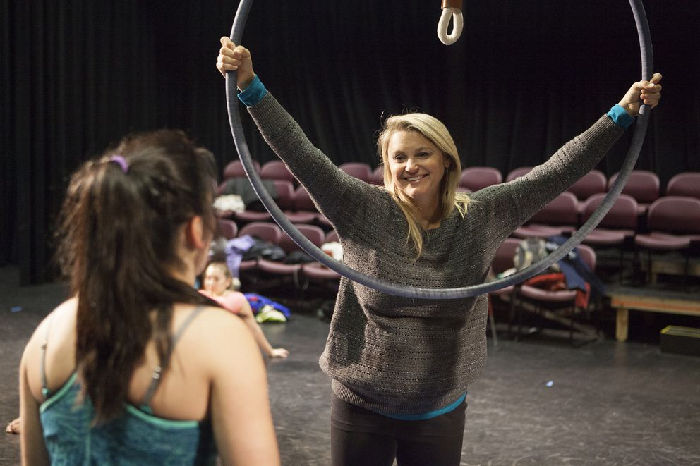 Leisha Knight instructs students during a practice of a dance and Aerial routine in the Harper Studio. (Philip Hall / University of Alaska Anchorage)