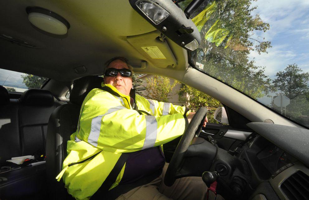 Bob Lincoln patrolsthe streets of MountainView on Aug. 18, 2016. (Bill Roth / Alaska Dispatch News)