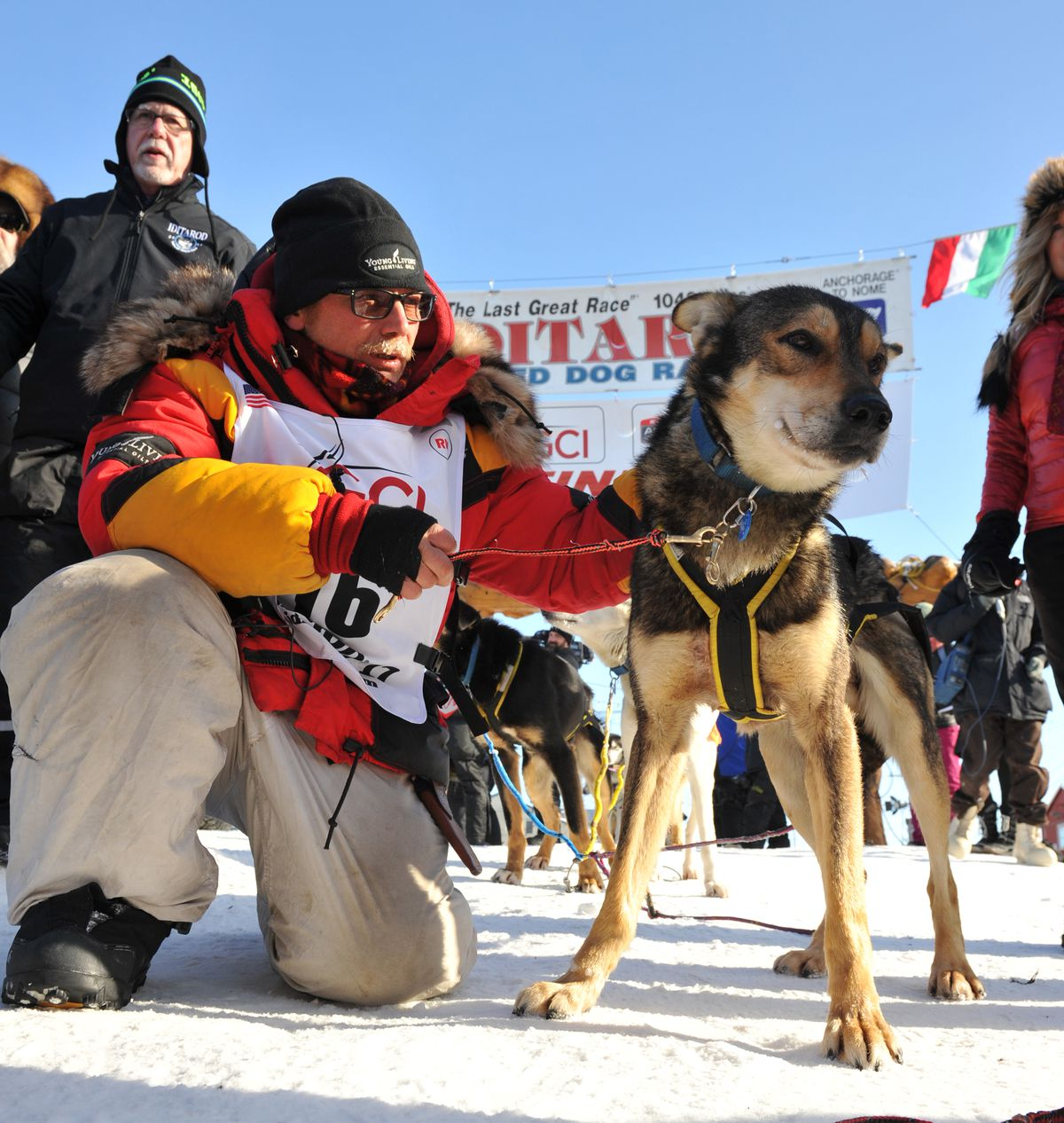 Mitch Seavey poses with his lead dog Pilot after winning last year's Iditarod Trail Sled Dog Race. (Bob Hallinen / ADN)