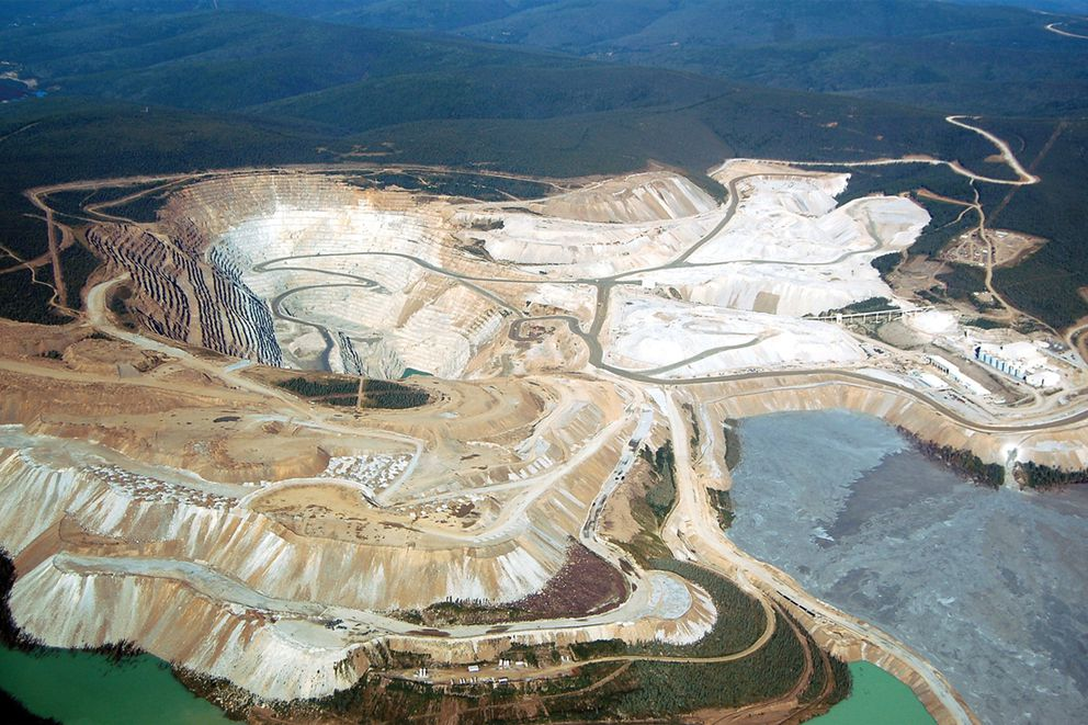 The Fort Knox gold mine as seen from the air. (Alaska Journal of Commerce)