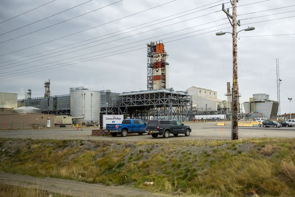 The ConocoPhillips natural gas liquefaction plant in Nikiski (Loren Holmes / ADN)