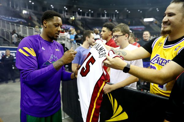 Mario Chalmers of the 3 Headed Monsters signs autographs prior to the Big 3 Games at Sprint Center in Kansas City, Mo., on July 20, 2019. (Jamie Squire/BIG3/Getty Images/TNS) **FOR USE WITH THIS STORY ONLY**