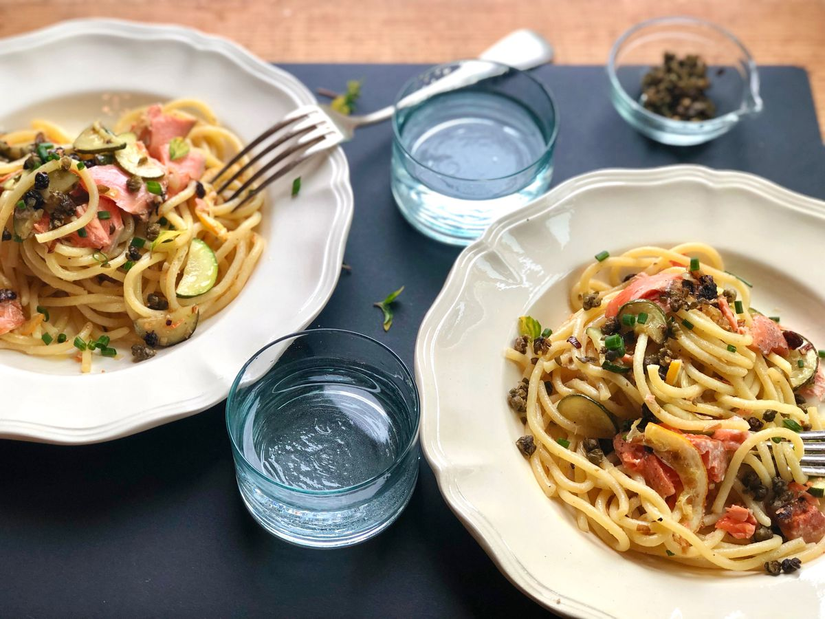 Pasta with salmon, currants and fried capers (Kim Sunee)