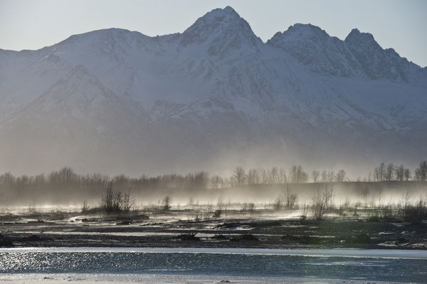 Wind blows dust and snow on the Matanuska River in Palmer on Monday. (Marc Lester / ADN)