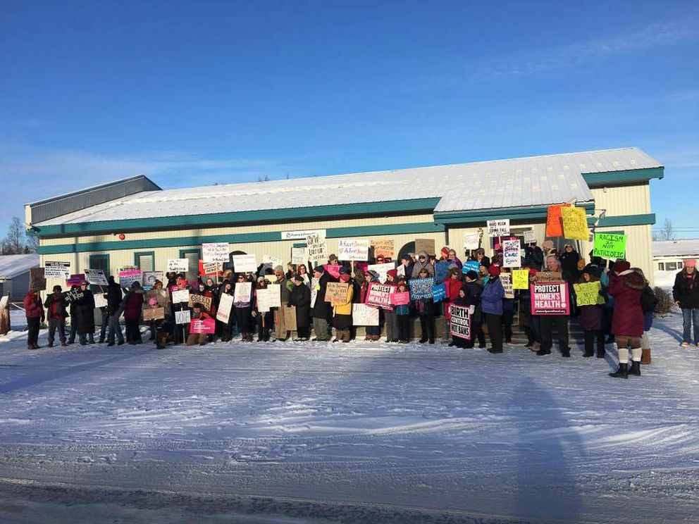 The Many Voices Unity & Justice Walk in Soldotna, Jan. 20, 2018. (Michele Vasquez)