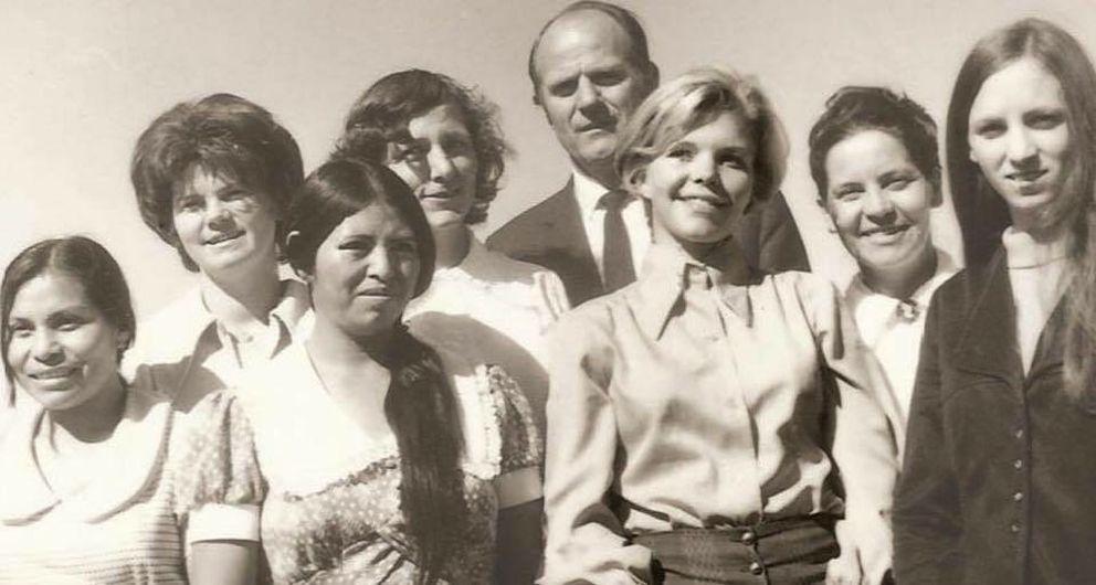 Photograph of Kaylen LeBaron's father Verlan LeBaron with seven of his 10 wives. Kaylen LeBaron's mother Irene Spencer is second from left. (Photo courtesy Kaylen LeBaron)