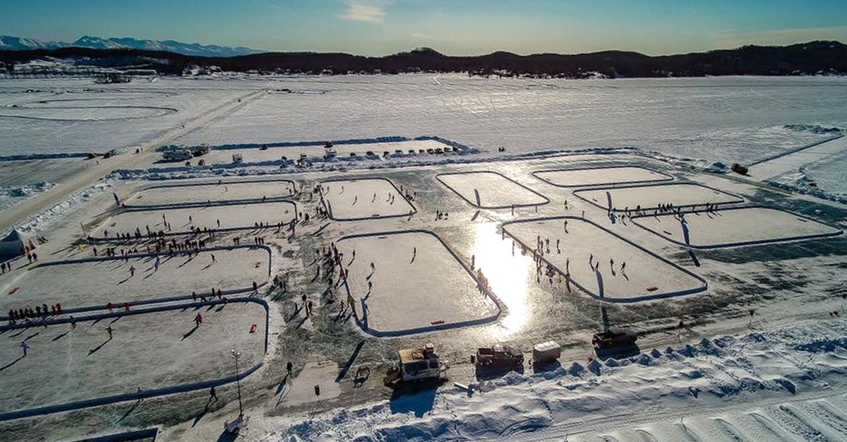 The AK Pond Hockey Classic on Big Lake featured 107 teams in 2018. (Photo by Mike Newcity)