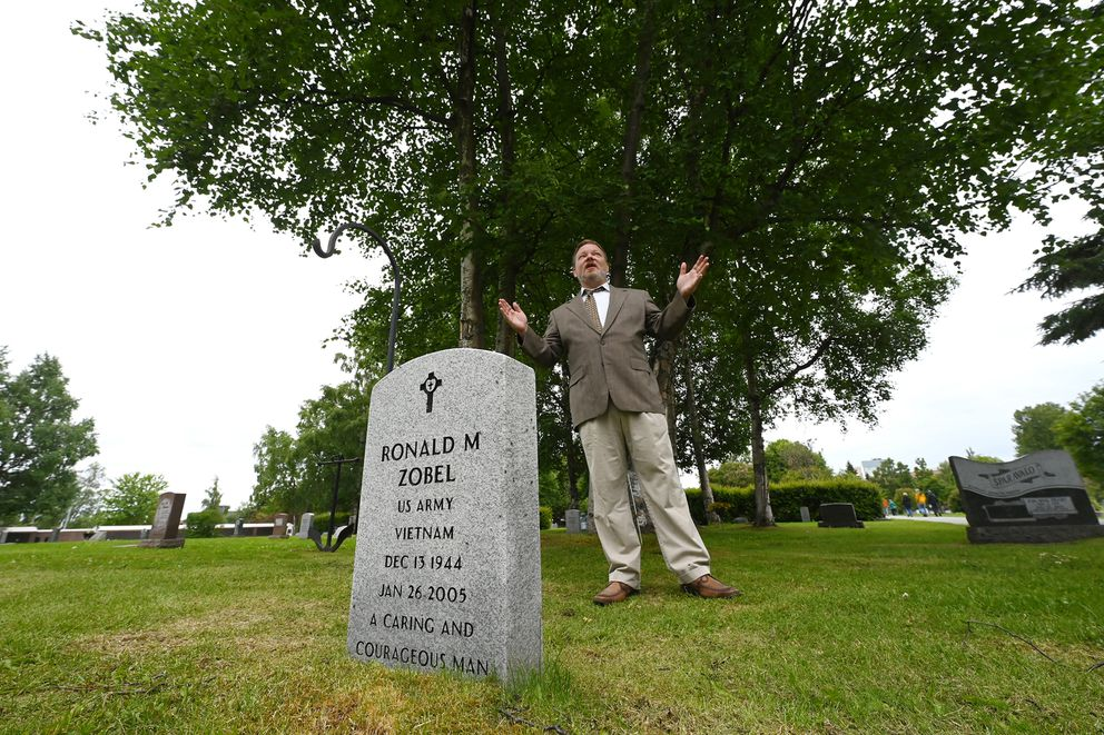 Actor Nate Benson portrayed attorney Ron Zobel (1944-2005) during the 10th annual Stories at the Cemetery at Anchorage Memorial Park Cemetery on Sunday. (Bill Roth / ADN)