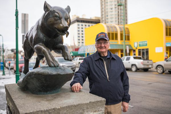 Jim Huettl, mushing district coordinator for the Fur Rondezvous, stands outside the winter festival's headquarters on 4th Avenue in downtown Anchorage Wednesday, March 28, 2018. Huettl would like to dedicate two blocks of 4th Avenue, where both the Iditarod Trail Sled Dog Race and the Fur Rondezvous Open World Championships start, to mushing. (Loren Holmes / ADN)