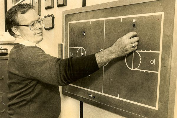 UAA basketball coach Ron Abegglen was on the bench when the Division II Seawolves pulled off one of college basketball's greatest upsets, beating a Michigan team that would go on to win the national championship with a team full of future NBA players.