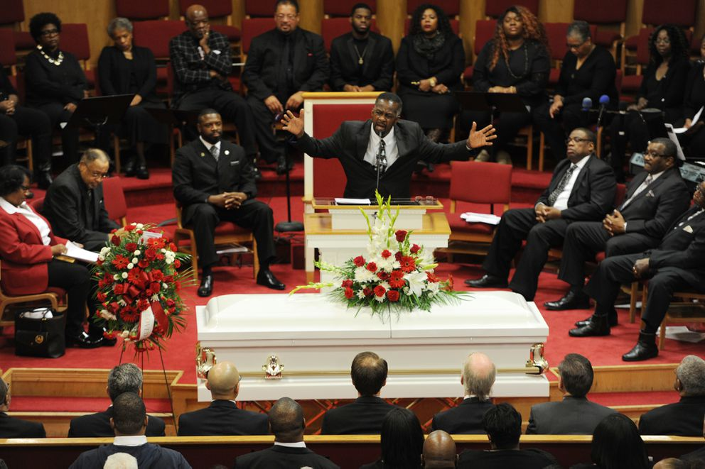 The Rev. Alonzo B. Patterson eulogized Bettye Davis during a celebration of her life at Shiloh Missionary Baptist Church on Monday. (Bill Roth / ADN)