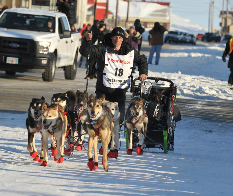 Iditarod musher Dallas Seavey finishes the 2017 Iditarod Trail Sled Dog Race in second place. (Bob Hallinen / ADN)
