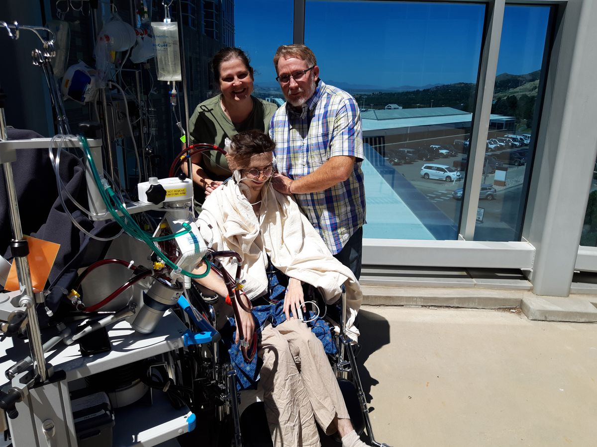 Alexander Mitchell, 20, of Provo, Utah, was one of five patients treated at the University of Utah hospital for severe lung injuries related to vaping. He eventually recovered. (Family photo)
