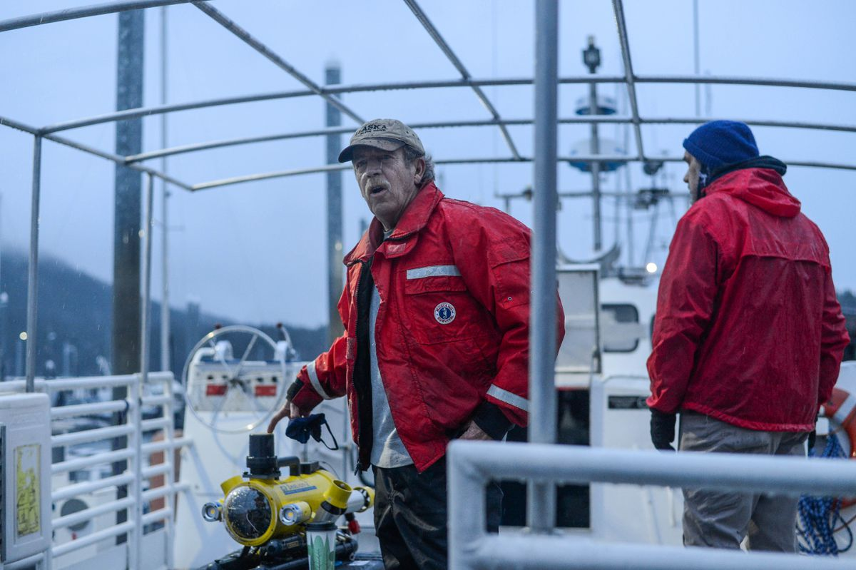 Tod Sebens prepares to sail out of Haines Harbor with a small crew and a remote operated underwater vehicle on Saturday morning, Dec. 5, 2020. (James Brooks / ADN)