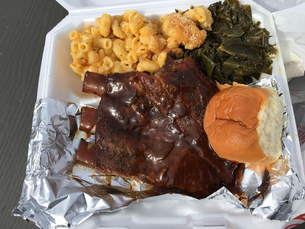 Barbecue ribs from Toya's Soul Food truck (Photo by Mara Severin)
