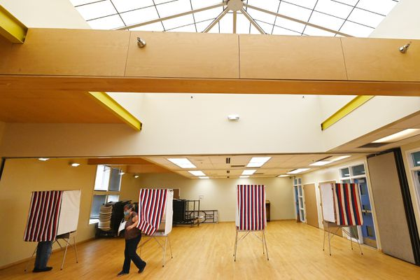 Steve and Karen Wegg voted in the primary election at the Mt. View Boys & Girls Club where voting booths were placed in accordance to social distancing practices on Tuesday, August 18, 2020. (Bill Roth / ADN)