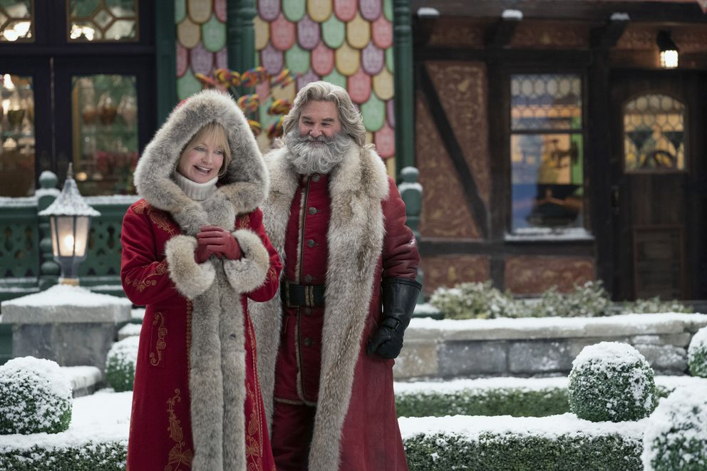 Goldie Hawn and Kurt Russell in 'The Christmas Chronicles: Part Two. ' (Joseph Lederer/Netflix)