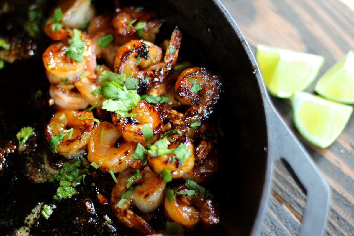 Honey Sriracha shrimp (Maya Wilson / Alaska from Scratch)