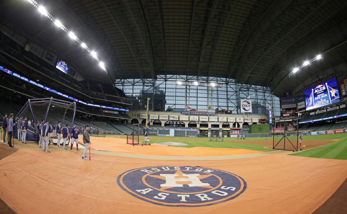 Minute Maid Park, Houston. (AP Photo/Frank Franklin II)