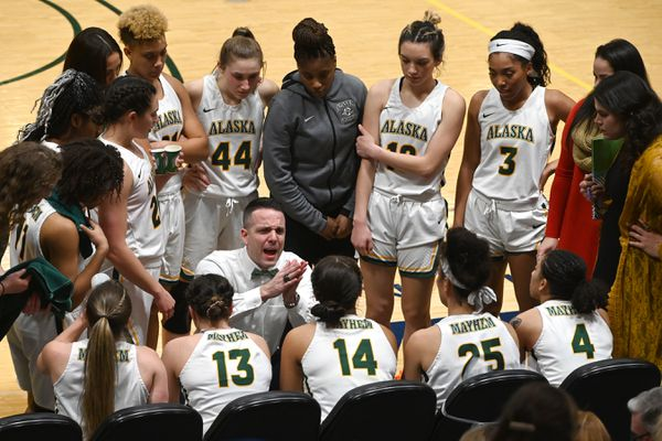 UAA head coach Ryan McCarthy talks to his players during the Seawolves' 90-36 home victory over the UAF Nanooks at the Alaska Airlines Center on Tuesday, Feb. 11, 2020. (Bill Roth / ADN)