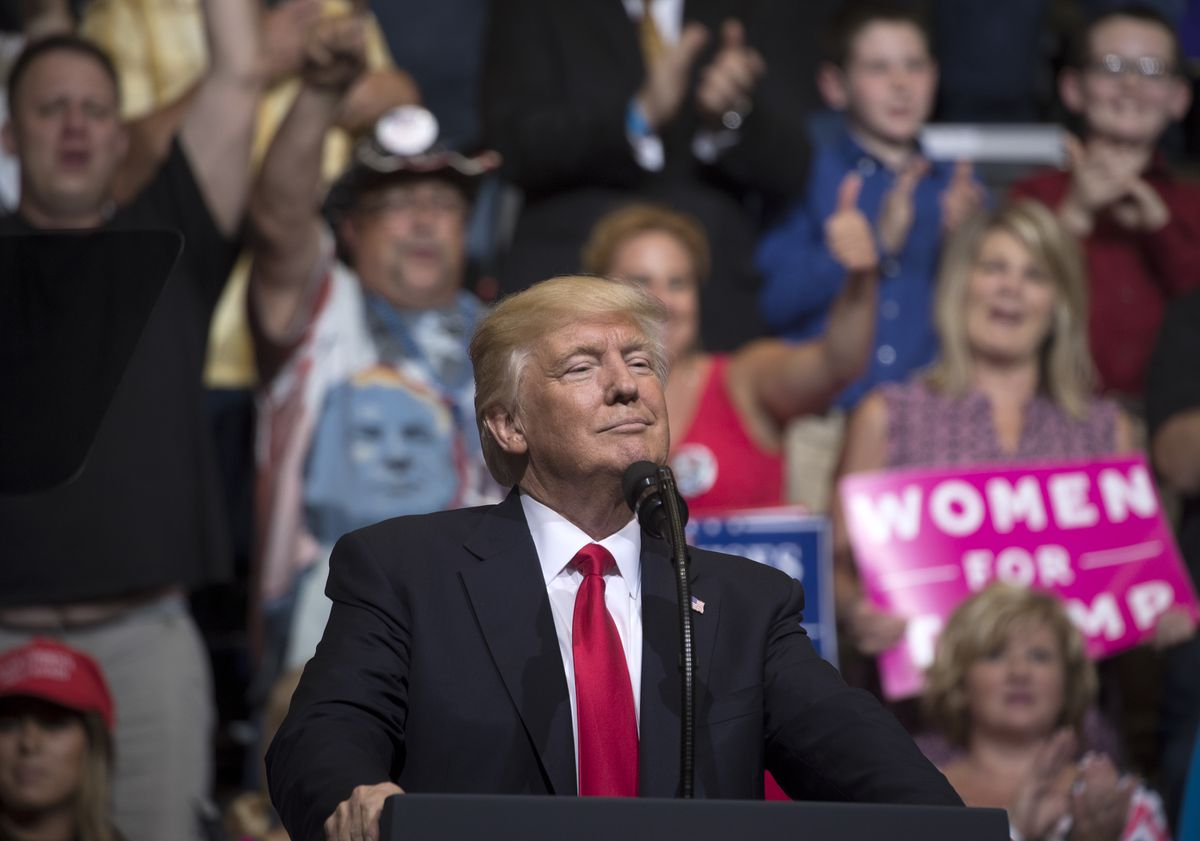 President Donald Trump speaks during campaign-style rally in Cedar Rapids, Iowa, June 21, 2017. (Stephen Crowley/The New York Times)