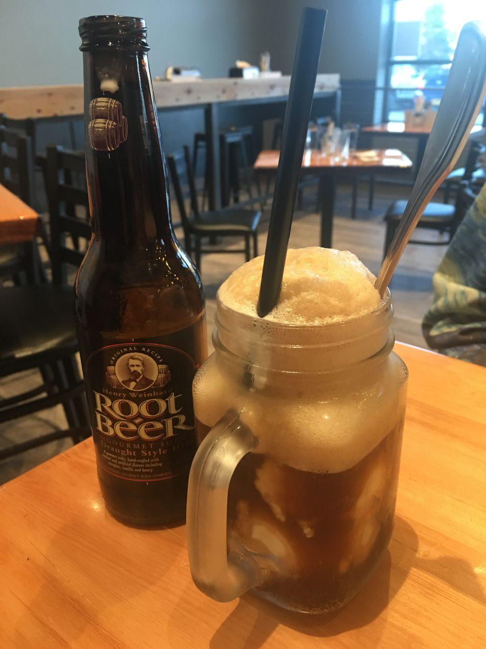 Root beer float (Mara Severin)