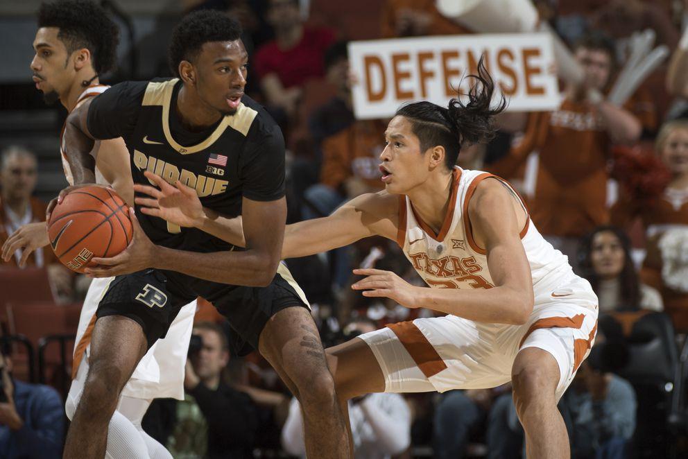Kamaka Hepa plays for the University of Texas. (Courtesy University of Texas Athletics Photography)