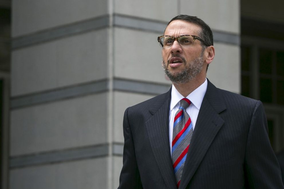 David Wildstein exits the U.S. District Court in Newark, N.J., on May 1, 2015. (Andrew Kelly / Reuters file)