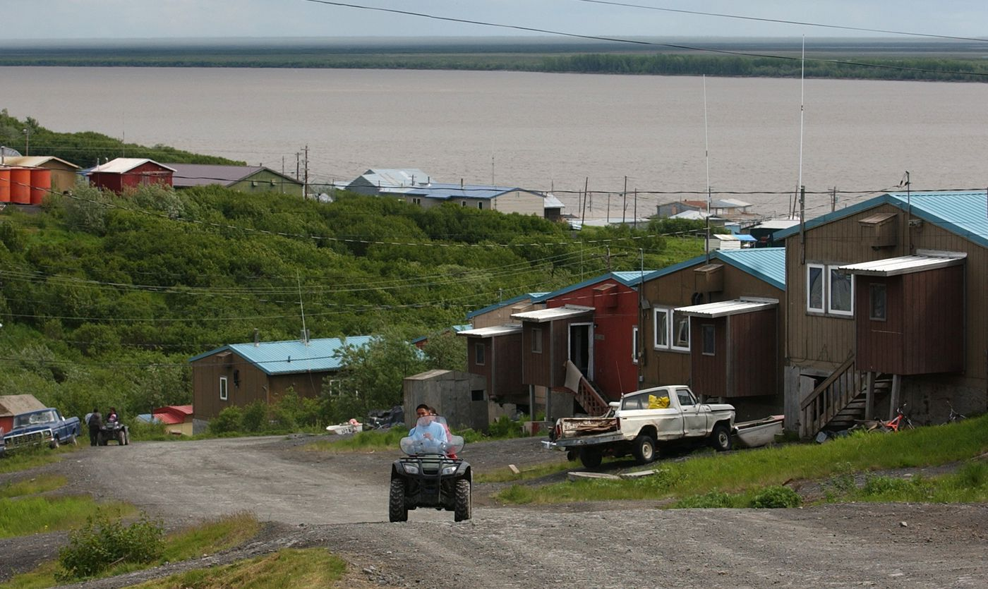 Former VPSO Alvin Brown in the Yukon River village of Mountain Village, 2005. (Erik Hill / ADN archive)