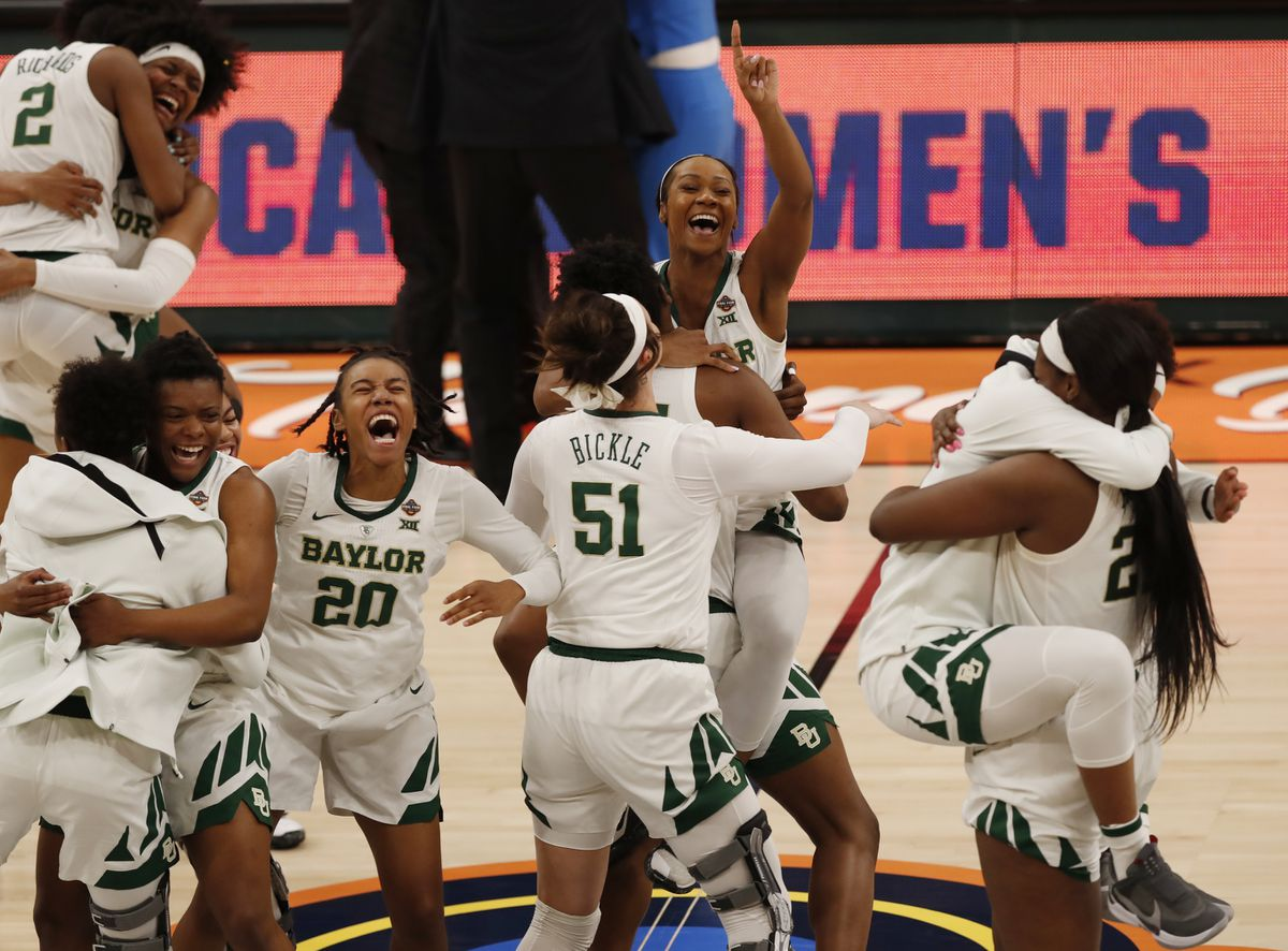 The Baylor team celebrates after defeating Notre Dame 82-81, during the Final Four championship game of the NCAA women's college basketball tournament Sunday, April 7, 2019, in Tampa, Fla.(AP Photo/Mark LoMoglio)