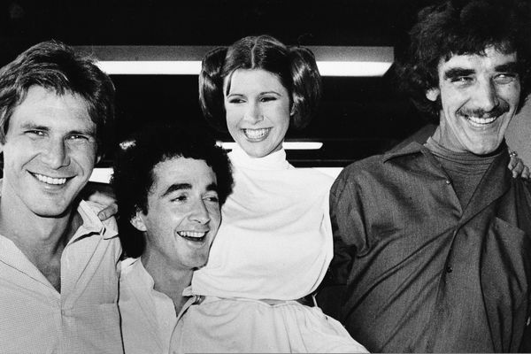 RETRANSMISSION TO CORRECT DAY AND DATE OF DEATH - FILE - In this Oct. 5, 1978 file photo, actors featured in the